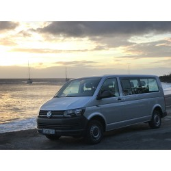 VOLKSWAGEN TRANSPOTER 9 Places EN GUADELOUPE
